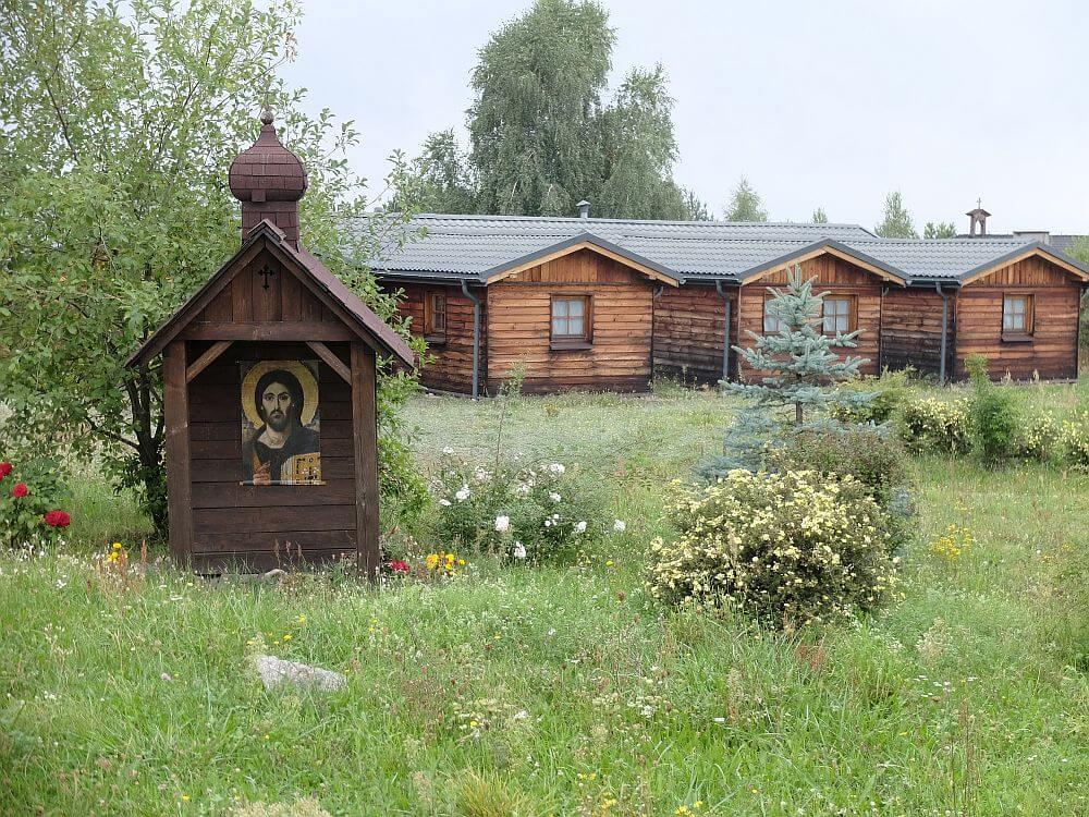 Klasztor Małych Sióstr Baranka, Klasztor Orientale Lumen w Choroniu